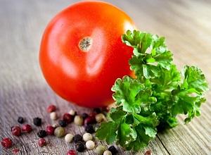 tomaat met peterselie